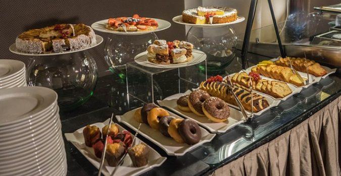 breakfast-buffet-1146250_640